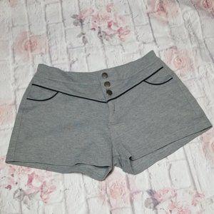 Ci Sono 3 Button high waisted shorts